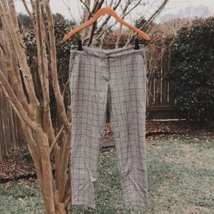 Houndstooth plaid trousers 🌿